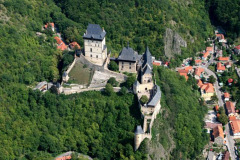 karlstejn_from_air_czech_bike_tours